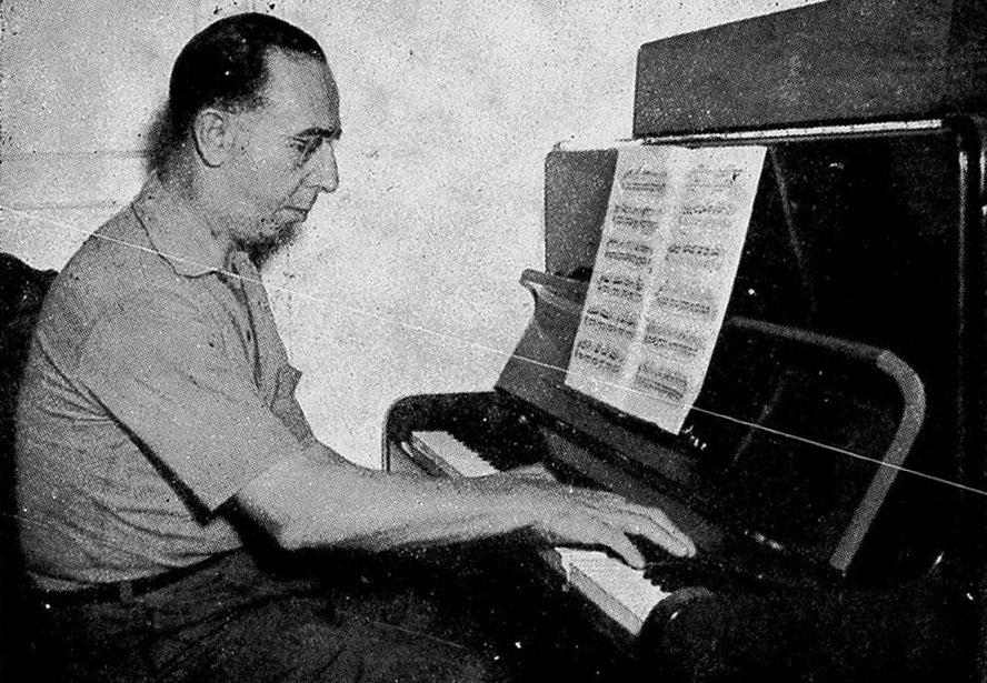 1951 Aloysio Jornal das Moças 3  ao piano 2