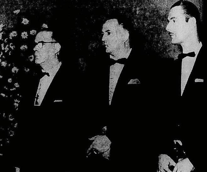Molles, Thalma de Oliveira e Walter Jr. na entrega do Roquette Pinto